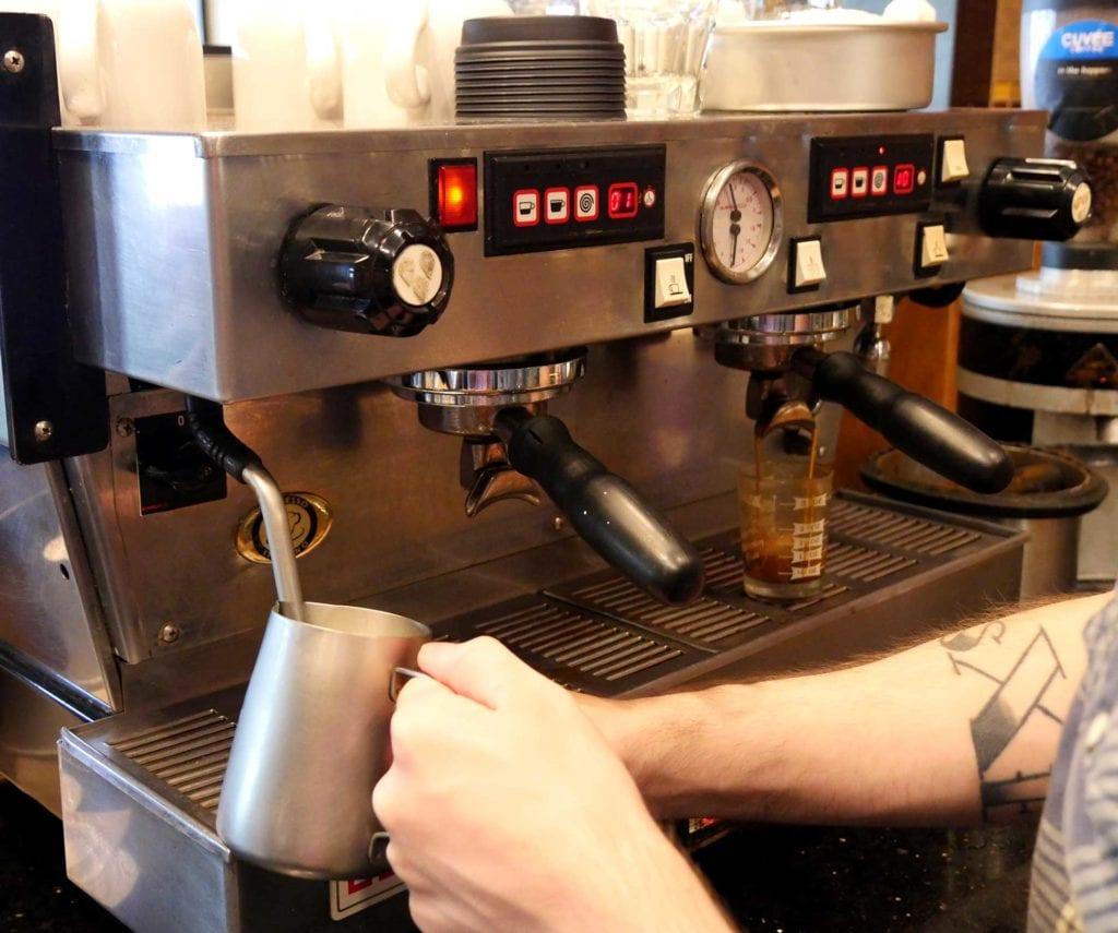 victormakingcoffee